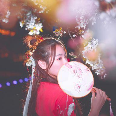 2018-03-31 公园夜景 汉服?;ㄈ讼?静安雕塑公园_摄影师江南小生的返片