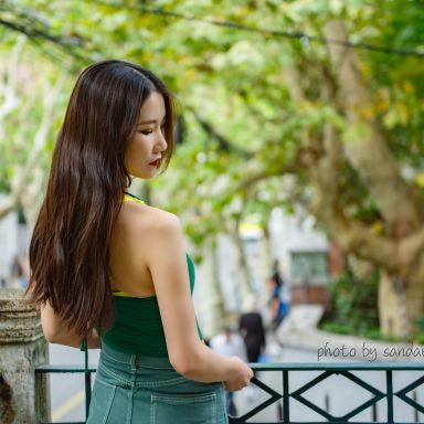 2018-10-20 思南路 好身材美女街拍_摄影师sandar的返片