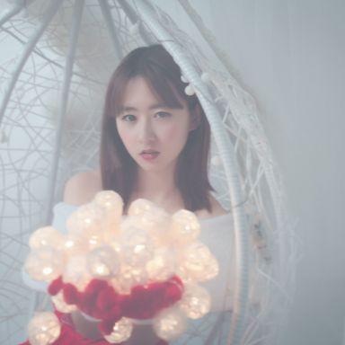 2018-12-09 演员胡静怡性感圣诞服拍摄_模特胡静怡的返片